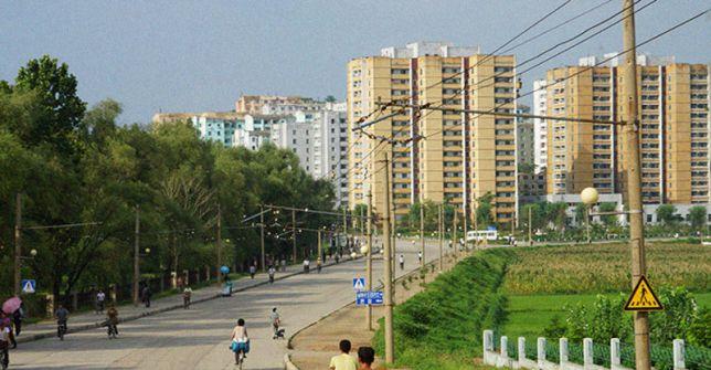 NORTH KOREA NK Heatwave Pulls Working Time beyond Imagination